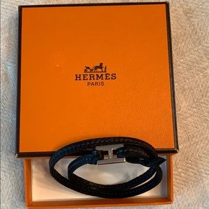 Hermes Jewelry - Vintage Hermès Leather Wrap with Silver H